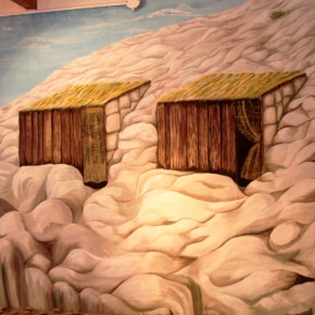2010-12-22 Argentina, Puerto Madryn - model of the cave houses the first Welsh settlers built here to survive the winters which are long and severe