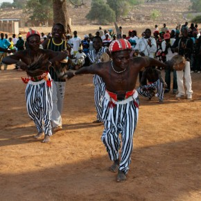 2009-01-18 Burkina Faso, Tiebele Village, the villagers put on a performance for us