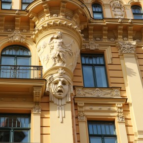 2011-06-16 Latvia Riga Art Nouveau buildings (17)
