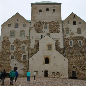 2011-06-18 Finland Turku castle by the port
