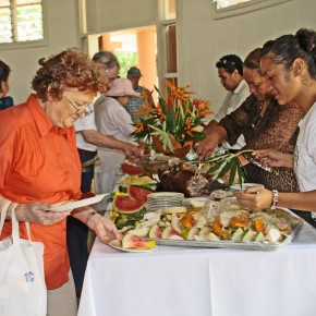 2009-02-11 Tonga, Nuku'alofa Lunch at Cultural Center
