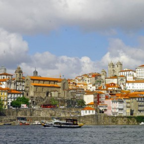 2010-04-29 View of Oporto, Portugal across the Douro River